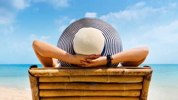 How to Use Rewards for Summer Travel - Enjoy the Beach with Rewards